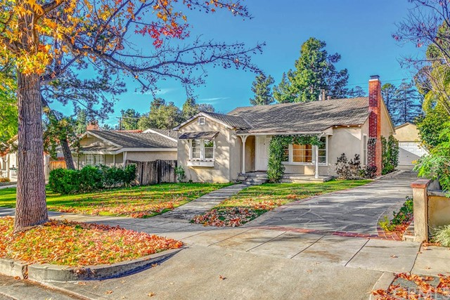 245 N Sunnyside Avenue, Sierra Madre, CA 91024