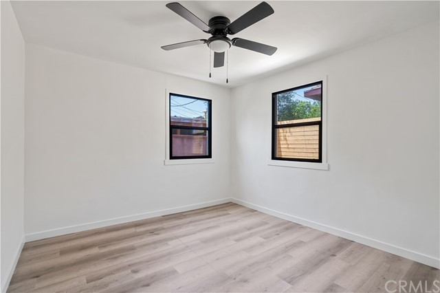 21. 6325 6th ave Los Angeles, CA 90043
