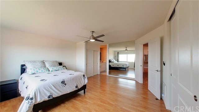 Master bedroom and ensuite bathroom. Lots of closet space.