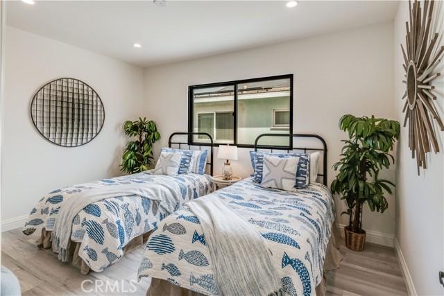 22. 521 N Paulina Avenue Redondo Beach, CA 90277
