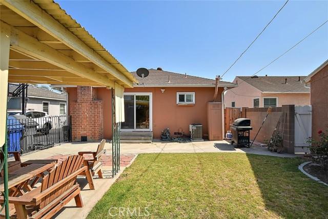 19. 6303 Elsa Street Lakewood, CA 90713
