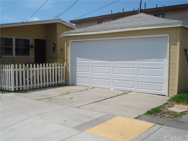 15815 Freeman Avenue, Lawndale, CA 90260