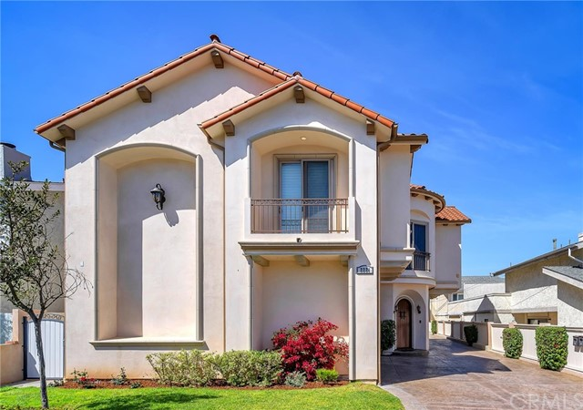 2221 Voorhees Avenue A, Redondo Beach, CA 90278