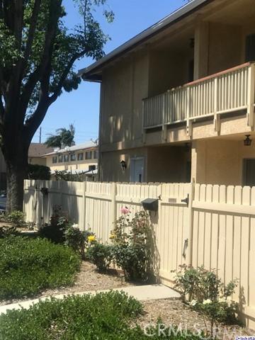 8030 Canby Avenue 1, Reseda, CA 91335