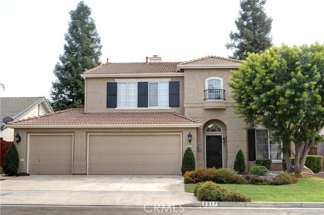 2217 E Everglade Avenue, Fresno, CA 93720