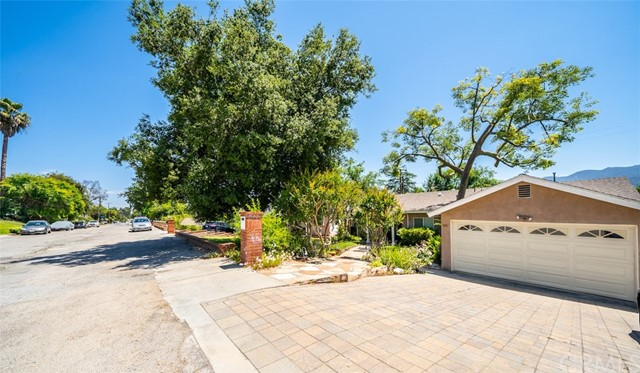 7. 3026 Stevens Street La Crescenta, CA 91214