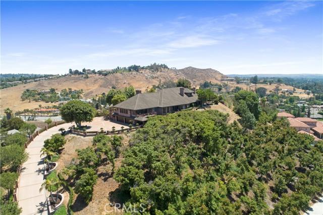 Photo of 2498 Knob Hill Drive, Riverside, CA 92506