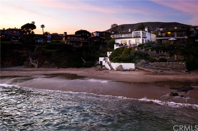 989 Cliff Drive, Laguna Beach, CA 92651