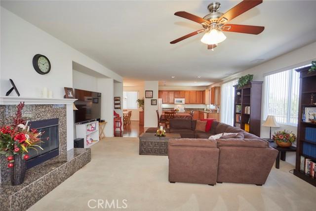 8443 Fillmore Ct, Oak Hills, CA 92344 Photo 10