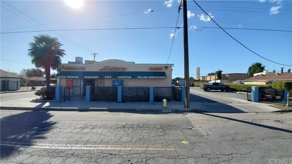 Photo of 1709 N Willowbrook Avenue, Compton, CA 90222
