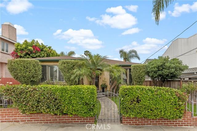 1315 Owosso Avenue, Hermosa Beach, California 90254, 3 Bedrooms Bedrooms, ,2 BathroomsBathrooms,For Sale,Owosso,SB21134401