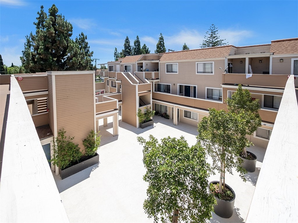 Photo of 311 E Pine Street, Santa Ana, CA 92701