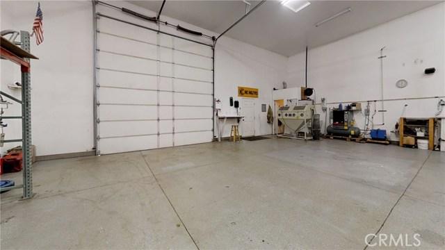 11761 Farmington St, Oak Hills, CA 92344 Photo 12