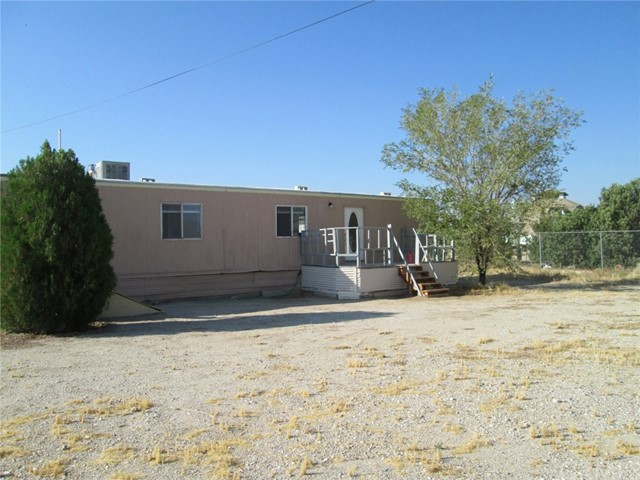 33461 Rabbit Springs Rd, Lucerne Valley, CA 92356 Photo 2