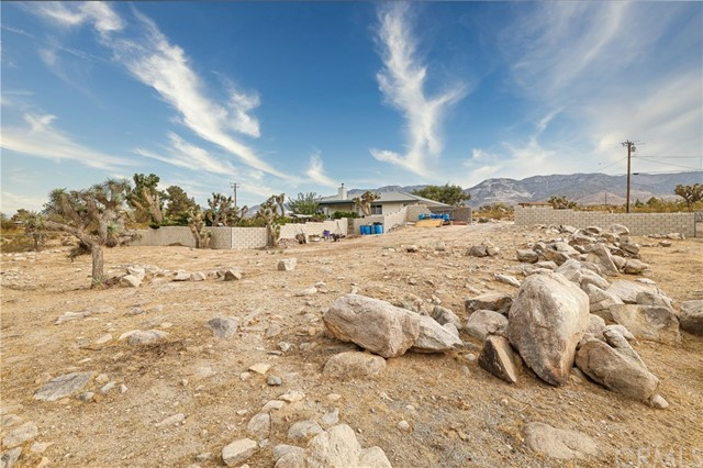 32564 Emerald Rd, Lucerne Valley, CA 92356 Photo 20