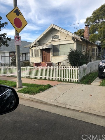 2267 W 29th Place, Los Angeles, CA 90018