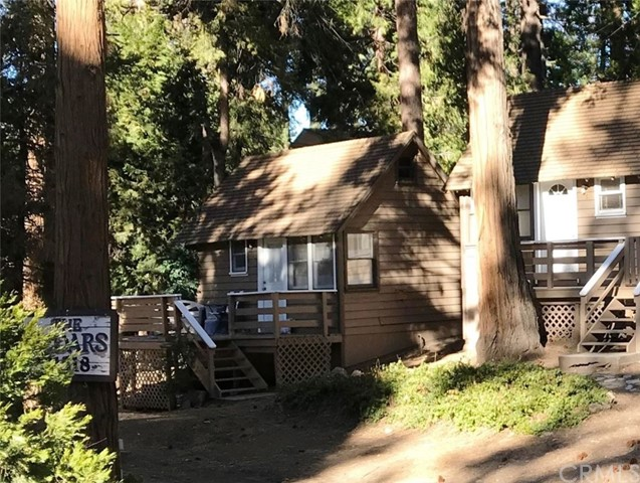 31524 Hilltop Drive, Running Springs, CA 92382