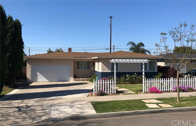 1021 W Acacia Avenue, Orange, CA 92868