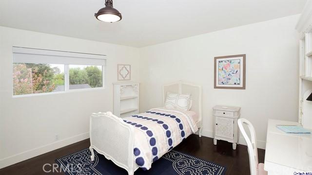 4840 Hillard Avenue La Canada Flintridge, CA 91011