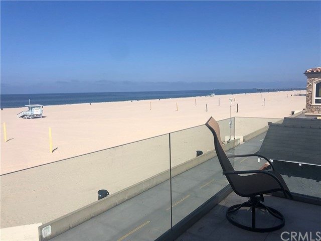 12 The Strand, Hermosa Beach, California 90254, 3 Bedrooms Bedrooms, ,3 BathroomsBathrooms,For Sale,The Strand,SB20073383