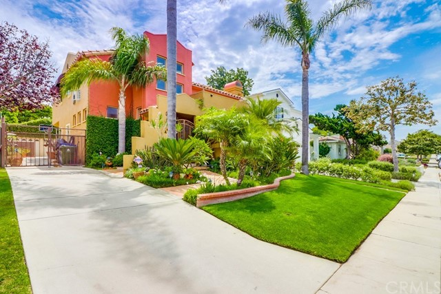 7516 Mcconnell Avenue, Los Angeles, CA 90045