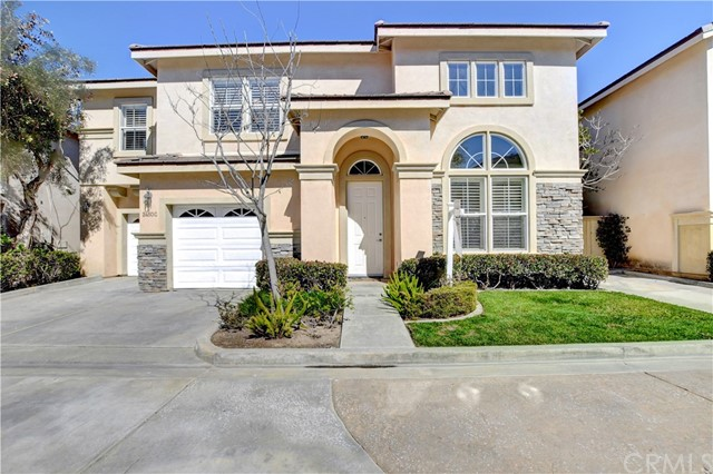 2450  Elden Avenue, Costa Mesa, California