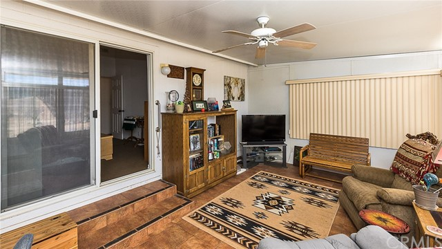 39335 Calle Segovia, Temecula, CA 92592 Photo 38
