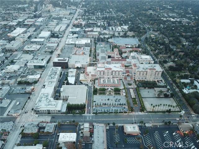 71 Palmetto Dr, Pasadena, CA 91105 Photo 2