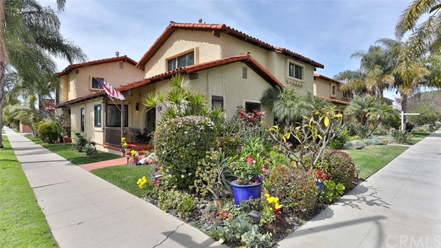 Property for sale at 253 Belmont Avenue Unit: B, Long Beach,  California 90803