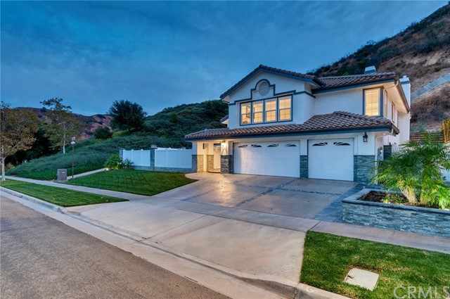 Photo of 4070 San Ramon Drive, Corona, CA 92882