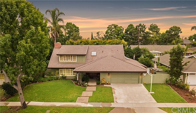 2890 Club House Road, Costa Mesa, CA 92626