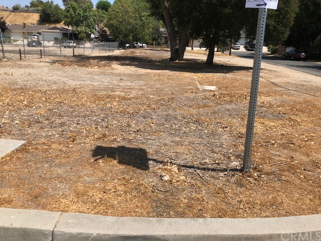 25102 EVERETT DR, Newhall, CA 91321