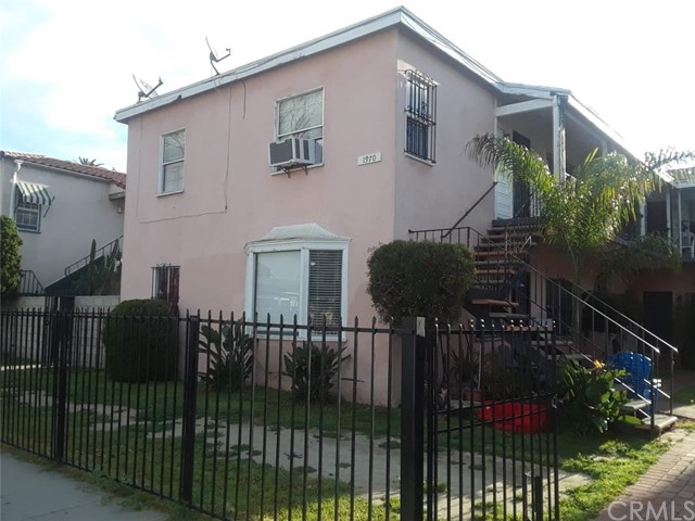 1970 Cedar Avenue, Long Beach, CA 90806