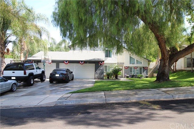 23042 Siskin Court, Grand Terrace, CA 92313