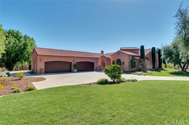 6322 Garden Hills Way, Riverside, CA 92506