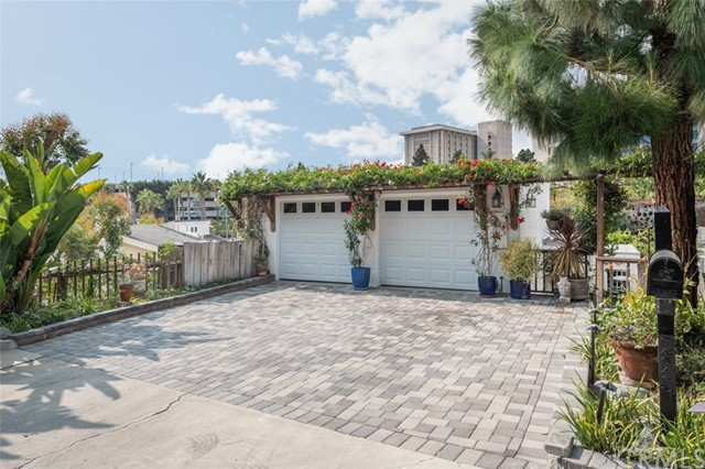 225 La Jolla Drive, Newport Beach, California 92663, 4 Bedrooms Bedrooms, ,2 BathroomsBathrooms,Residential Purchase,For Sale,La Jolla,NP21210746