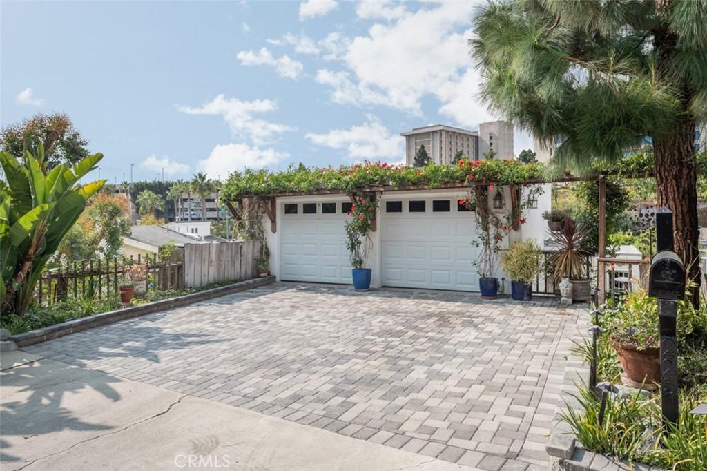 225     La Jolla Drive, Newport Beach CA 92663