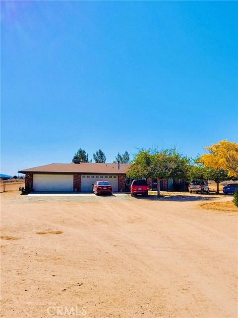 13237 Smoketree Street, Victorville, California 92392, 3 Bedrooms Bedrooms, ,2 BathroomsBathrooms,Residential,For Sale,Smoketree,EV20256939
