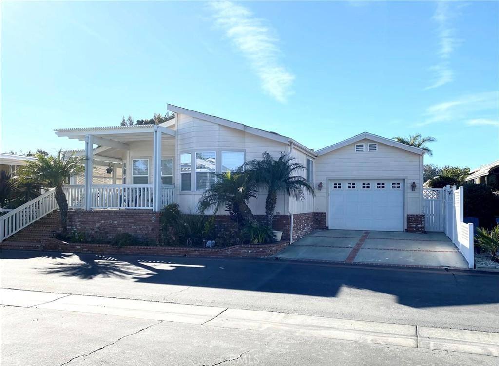 20701     Beach Boulevard   287, Huntington Beach CA 92648