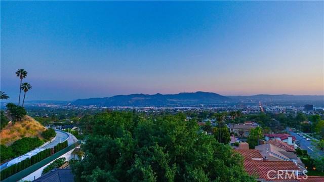 115 Skyline Drive, Burbank, CA 91501