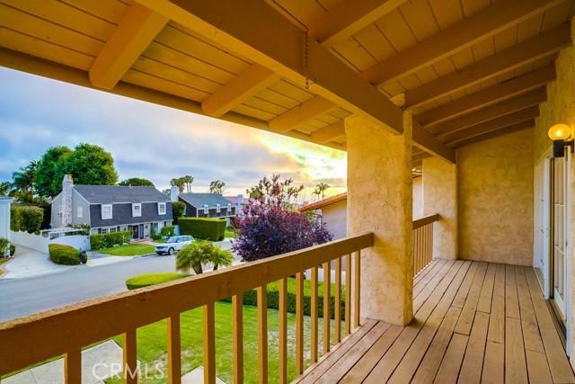 16. 3018 Via Borica Palos Verdes Estates, CA 90274