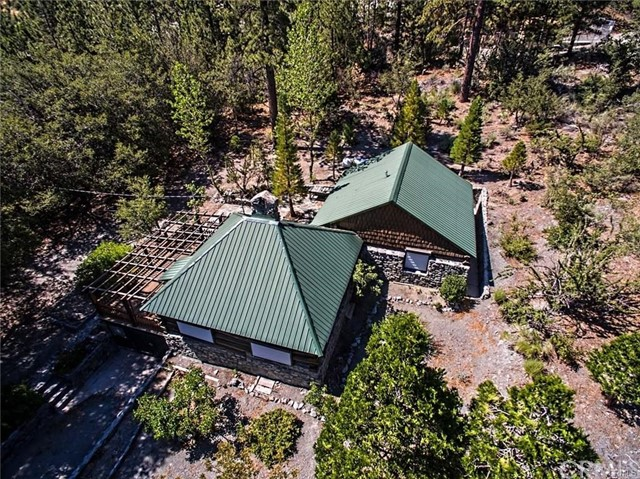 1667 Sparrow Road, Wrightwood, CA 92397
