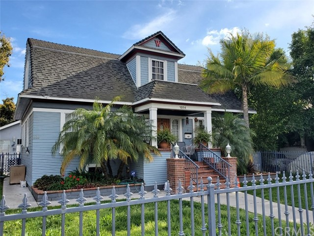 1322 W 37th Place, Los Angeles, CA 90007