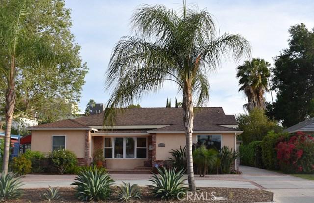 15424 Camarillo Street, Sherman Oaks, CA 91403