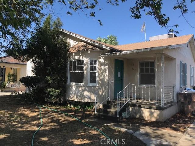704 Castro Lane, Bakersfield, CA 93304