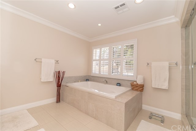 17421 Klee St, Sherwood Forest, CA 91325 Photo 40