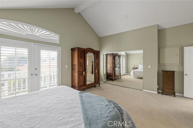 125 Lucia Avenue 6, Redondo Beach, California 90277, 3 Bedrooms Bedrooms, ,1 BathroomBathrooms,For Sale,Lucia,SB20095543