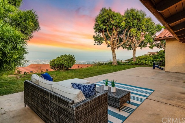 3158 Crownview Drive, Rancho Palos Verdes, California 90275, 3 Bedrooms Bedrooms, ,3 BathroomsBathrooms,For Sale,Crownview,PV19201545