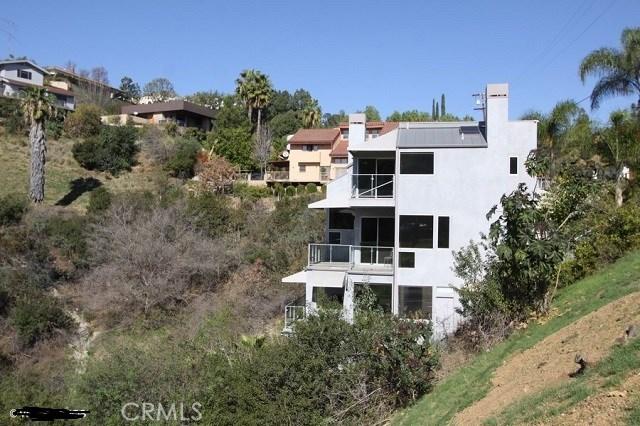 1404 Glen Oaks Bl, Pasadena, CA 91105 Photo 2