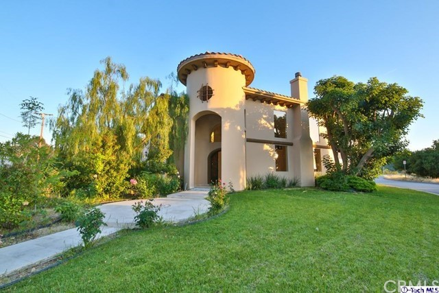 10601 Hillrose Circle, Sunland, CA 91040